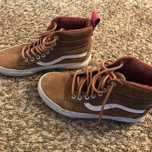 Vans winter high top shoes